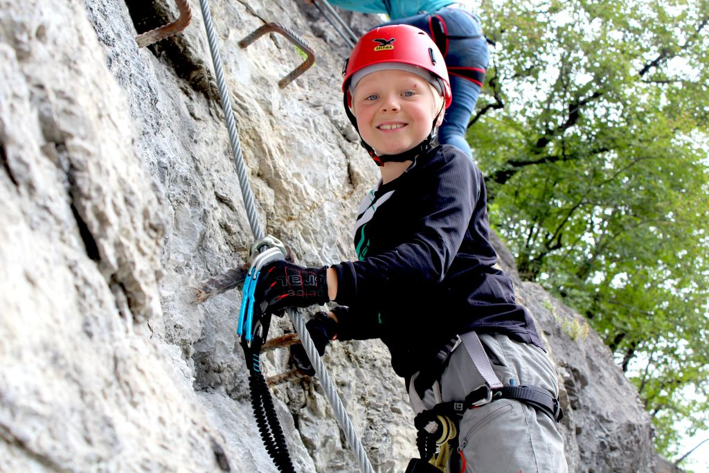 Edelweiss Klettergurt Kinder : Edelweiss kids auch beim klettern klasse